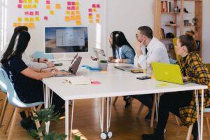Web Analytics - in-house vs. agency
